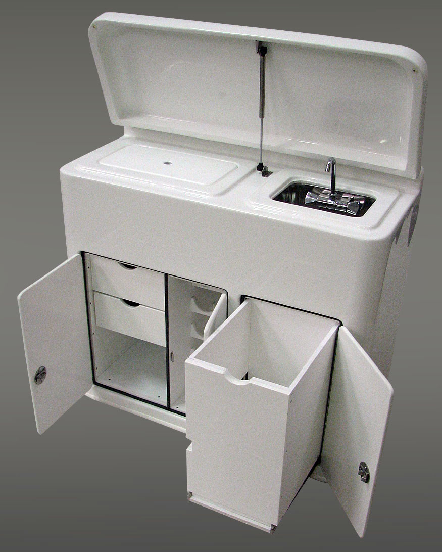 CUSTOM DAY BOAT CONSOLE WITH Grill Ice Chest Sink Storage Wine Rack